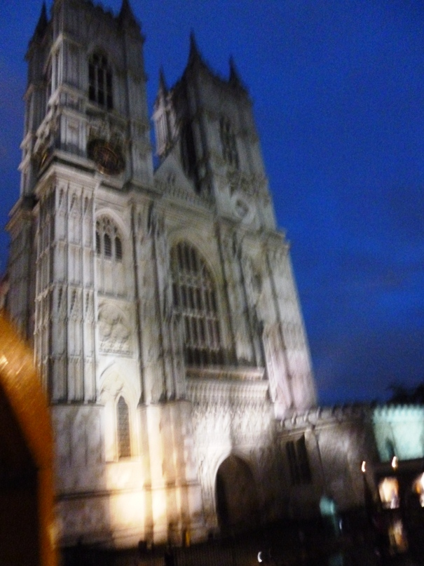 westminster-abbey-night.jpg