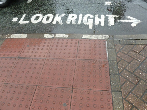 look-right-london.jpg